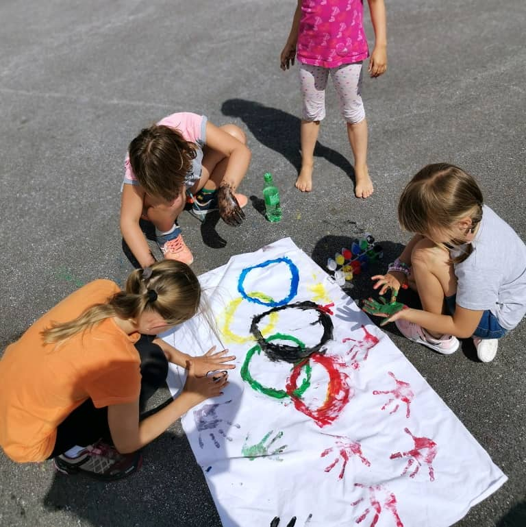 Animační program pro děti Olympiáda - vlajka